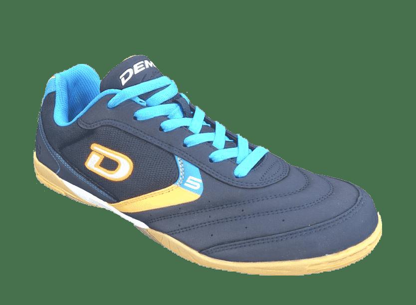 Zapato escaneado con color y textura