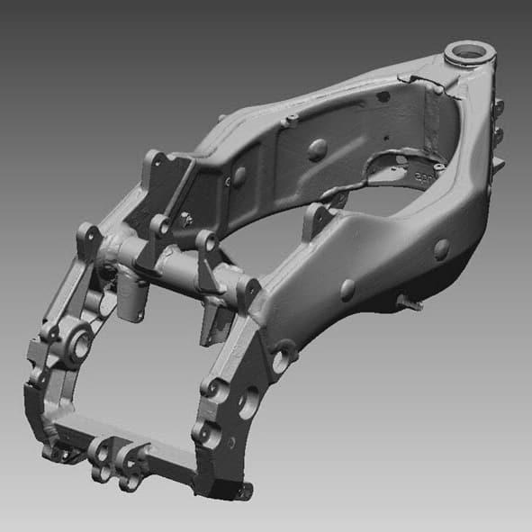 Detalle del chasis de moto escaneado en 3D para proceso de ingeniería inversa